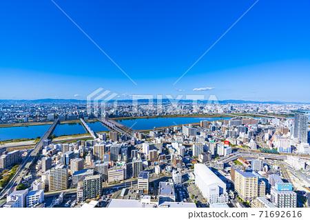 오사카 키타 도시 경관 71692616