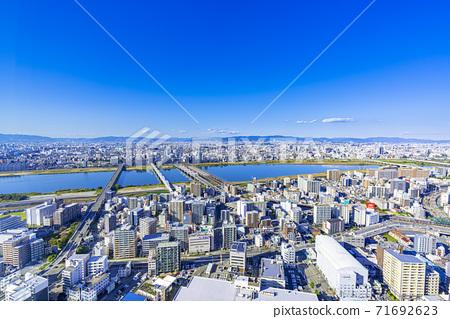 오사카 키타 도시 경관 71692623