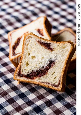 動物麵包 71701789