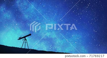 천체 망원경과 밤하늘의 별빛 배경 71769217