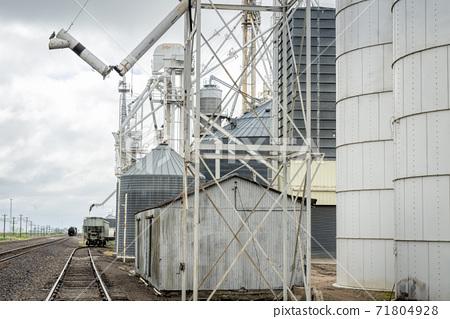 Railroad and grain elevators 71804928