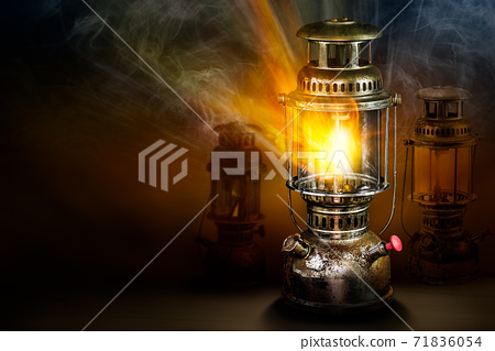 Beam of light from storm lantern 71836054