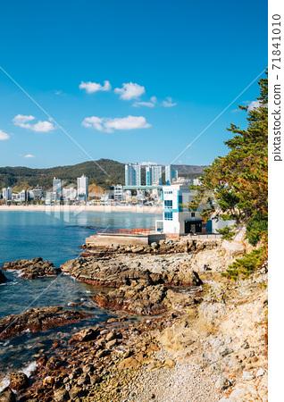 View of Songjeong beach and Jukdo Park in Busan, Korea 71841010