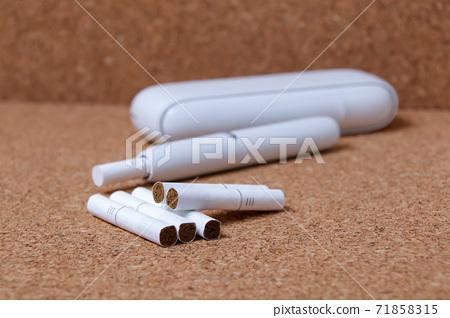 愛子,煙草,吸煙,煙草,被動吸煙,健康危害,尼古丁,焦油,健康,奢侈品 71858315