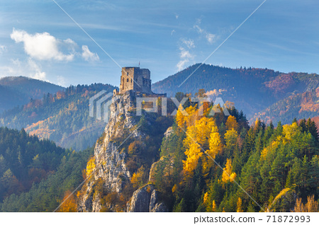 Medieval castle Strecno in the autumn mountain landscape, Slovak 71872993