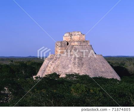烏茲馬爾遺址巫師的金字塔 71874805