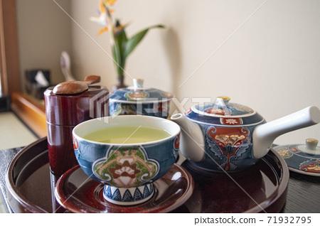 綠茶茶旅館酒店客房有田燒茶碗九州地板房間飲料日本日本 71932795