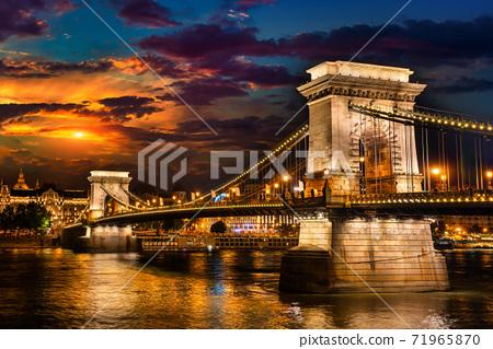 Illumination of Chain Bridge 71965870