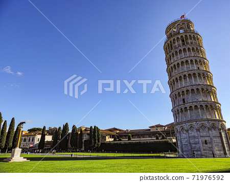 Leaning Tower of Pisa and the Wolf Memorial of Capitrina 71976592