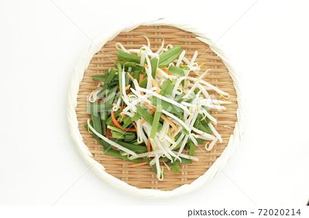 混合蔬菜切鴨,胡蘿蔔和棕櫚 72020214