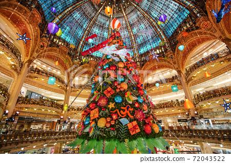 巴黎的照明 72043522
