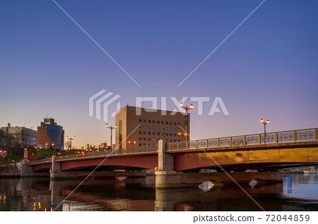 이른 아침의 구시 幣舞 다리 아침 놀 홋카이도 구시로시 72044859