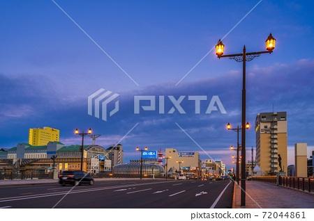 이른 아침의 구시 幣舞 다리 아침 놀 홋카이도 구시로시 72044861