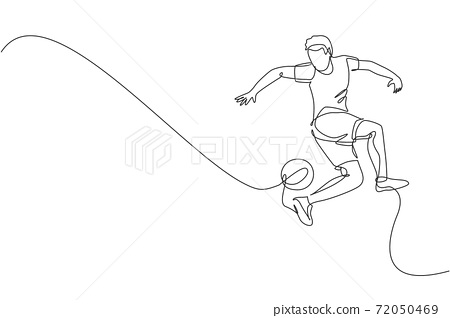 One continuous line drawing of young sporty man soccer freestyler player practice to juggle ball with heel in the street. Football freestyle sport concept. Single line draw design vector illustration 72050469