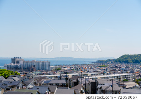 해안의 주택가 72058067
