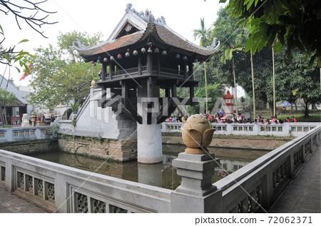 Vietnam, Hanoi, One Pillar Pagoda 72062371