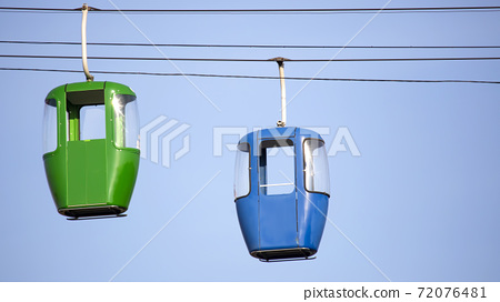 two cars of the cableway 72076481