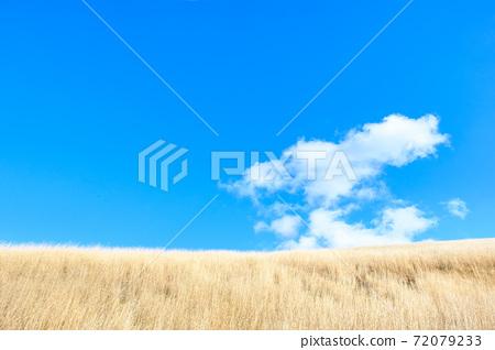 고원의 푸른 하늘 (겨울) 72079233