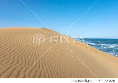 沙塵暴結束後的鳥取沙丘 72084026