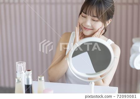 Female Skin Care 72093081