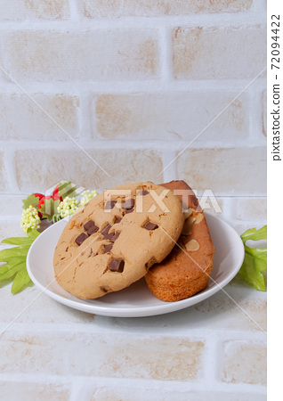 Cookies, pastry, madeleine, chocolate chips, sweets, snacks, baked goods, sweets, almond madeleine 72094422