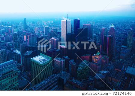 Aerial scene of Toronto, Canada at night 72174140
