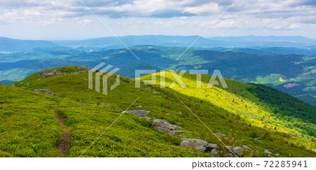 great alpine scenery in summertime 72285941