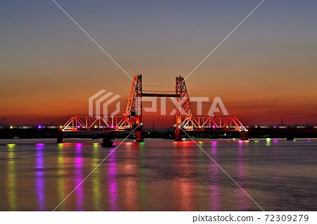大川市築後川商會大橋的夜景 72309279