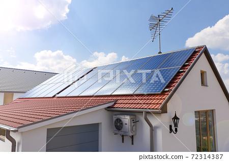 太陽能電池板和環保能源 72314387