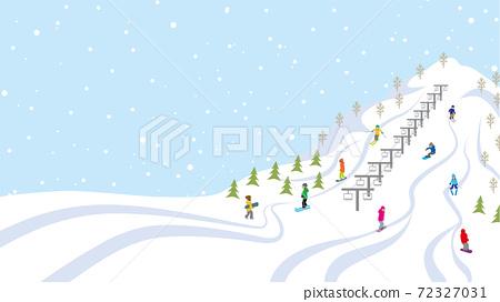 在山坡上享受冬季運動的人 72327031