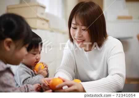 父母與孩子 72341054