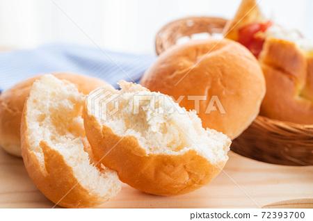 牛奶奶油麵包 72393700