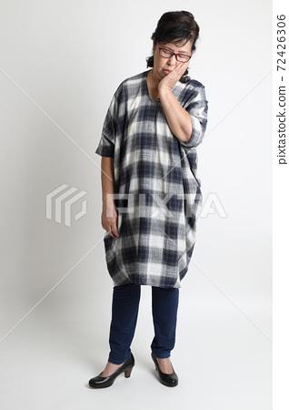 Asian Woman 72426306