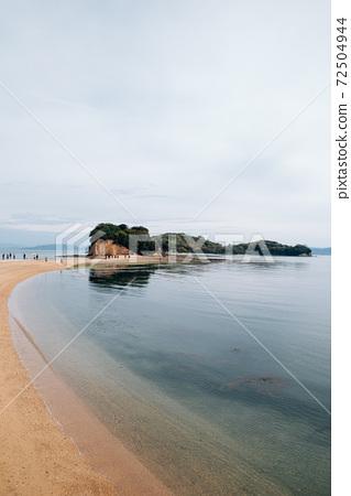 Shodoshima Angel road and seascape in Kagawa, Japan 72504944