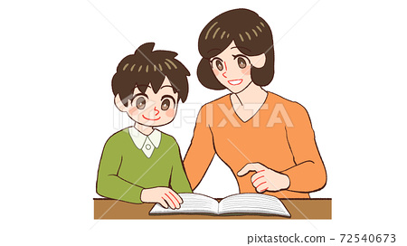 아이와 함께 책을 보는 가르치는 엄마 72540673