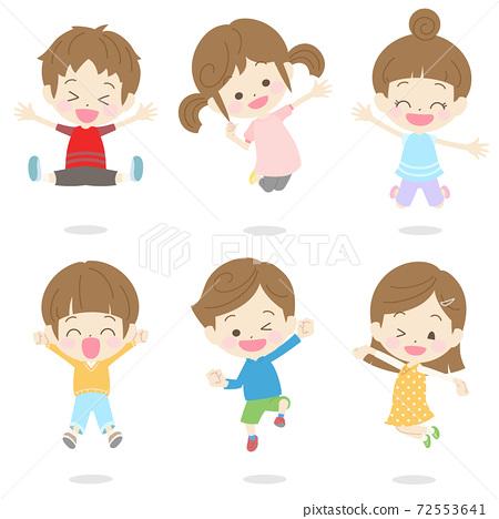 점프하고 기뻐하는 어린이 세트 1 72553641