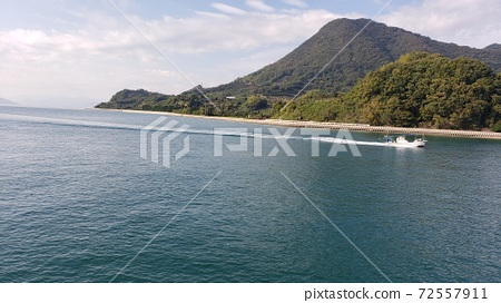 小船,小船執照,快艇,白船,深海灣,小型漁船,小徑和水沿岸飛奔 72557911