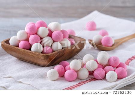 元冬至元宵元晚紅緋紅白色粉彩唐元元宵 72562230