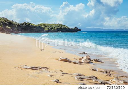 冲绳海滩 72580590