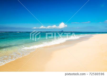 冲绳海滩 72580596