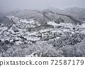 東北山寺雪景 72587179