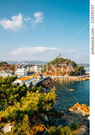 Panoramic view of Namae-hang seaside village in Yangyang, Korea 72609287
