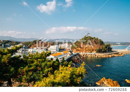 Panoramic view of Namae-hang seaside village in Yangyang, Korea 72609288