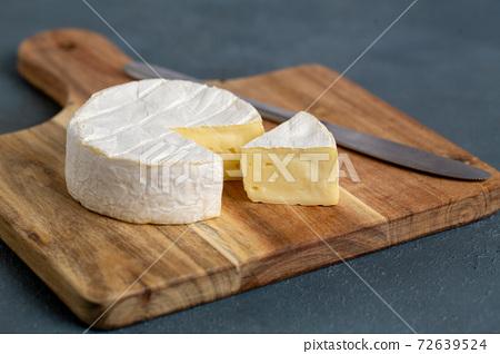 卡門培爾奶酪 72639524