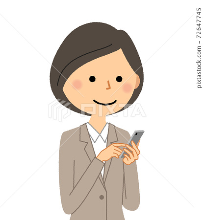 穿著西裝觸摸智能手機的女人 72647745