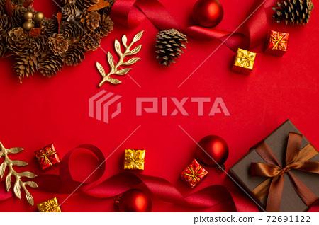 紅色聖誕裝飾 72691122