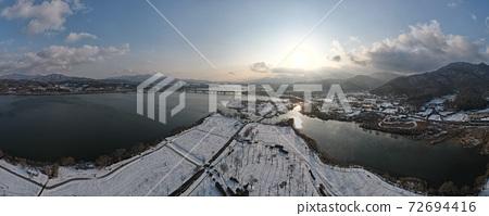 Bukhan River snow scene 72694416