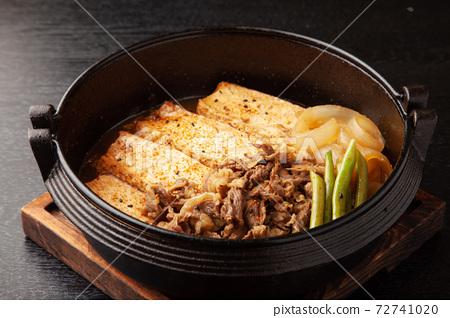 肉豆腐 72741020