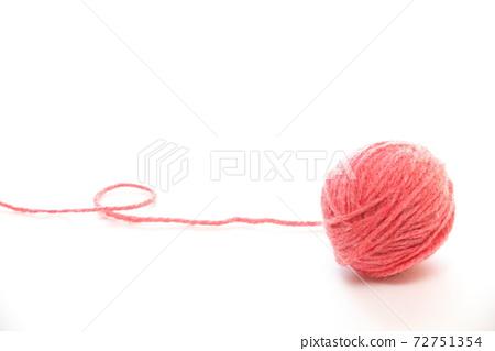 粉色毛線球 72751354