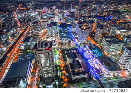 """""""가나가와 현""""요코하마 미나토 미라이의 야경 · 도시 풍경 72759626"""